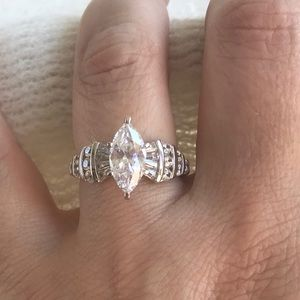 Marquise Cubic Zirconia Sterling Silver Ring sz 8